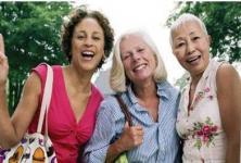 3 women promoting cercial cancer awarenss