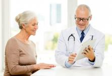 Patient and doctor having a conversation